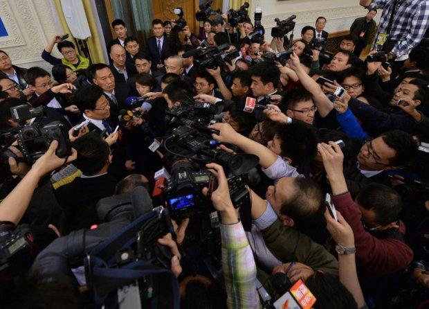 chine-journalistes-meute_m